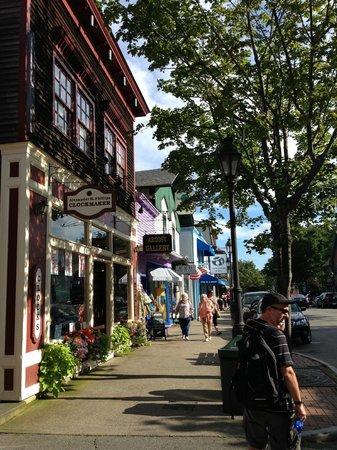 Yellow House Bed & Breakfast: Bar Harbor