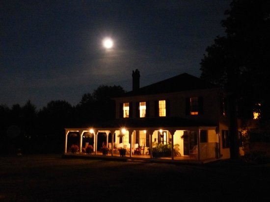 Yellow House Bed & Breakfast: Yellow House with Full Moon