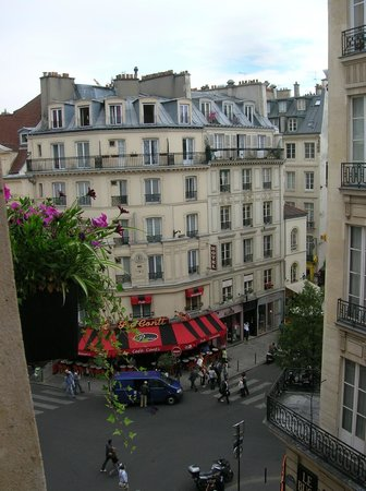 Hotel Le Regent: View from window