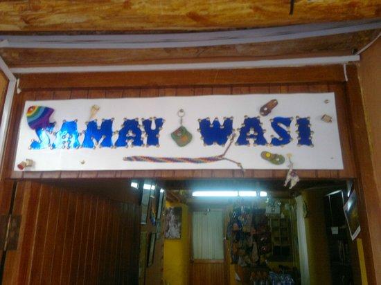 Samay Wasi Youth Hostels Cusco : entrada de recepcion