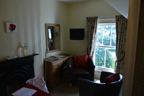 Glan Heulog Guest House: 3rd floor room