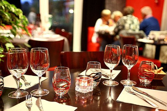 Le Martray : The inside of the restaurant is also smart and spotlessly clean.