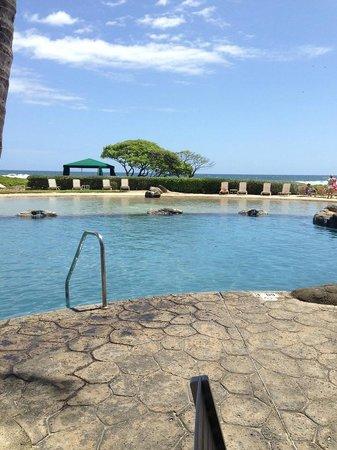 Kauai Beach Villas: The pool next door at the Kauai Beach Resort