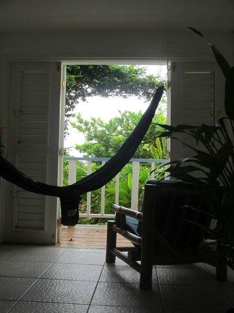 Hotel Mocking Bird Hill: Blick vom Bett auf unseren Balkon