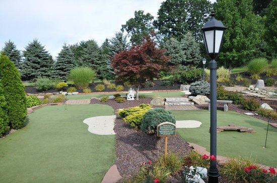 Holiday Inn Express Sharon/Hermitage : Mini golf