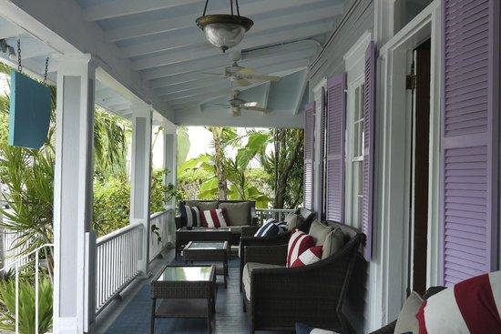 Artist House on Fleming: Veranda