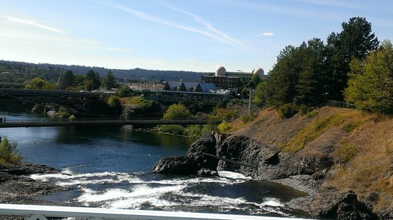 Relish! Spokane Food and Wine Tours: View of Anthony's