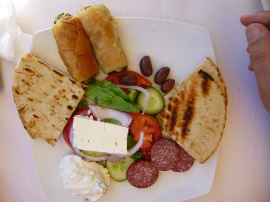 Apollon Restaurant: Meze