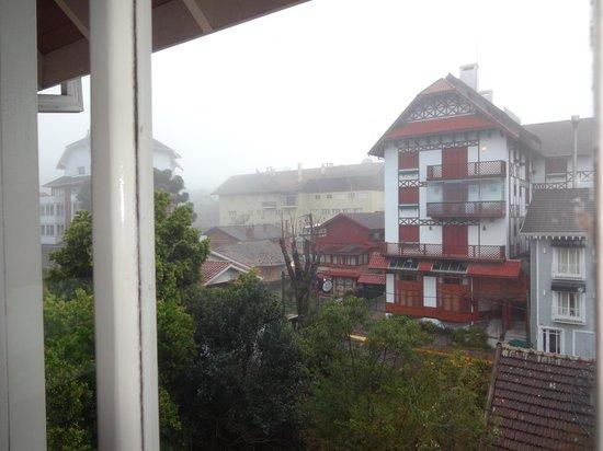 Pousada Bella Terra: Vista da janela do quarto