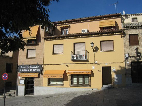 Restaurante Museo de Productos de Castilla-La Mancha: Aspecto del exterior del negocio.