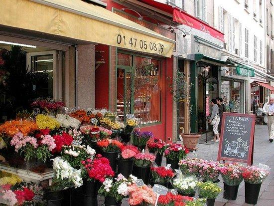 Cler Fleurs Picture Of Rue Cler Paris Tripadvisor