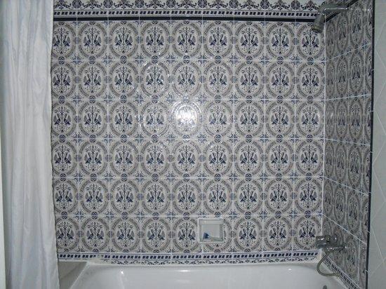 Gran Hotel Lar : Love the tile work