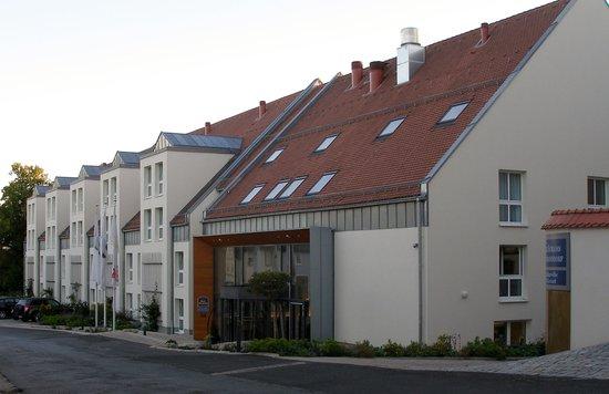Lindner Hotel Schloss Reichmannsdorf: Front of hotel