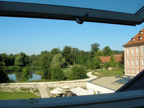 Lindner Hotel Schloss Reichmannsdorf: View of castle and grounds from top floor