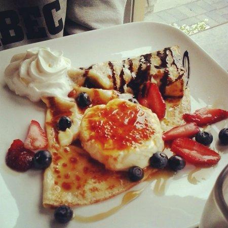 Geneva Crepe Cafe : Creme Brulee Crepe