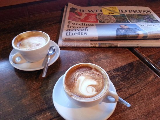 Mumbles Cafe: Best coffee of the weekend