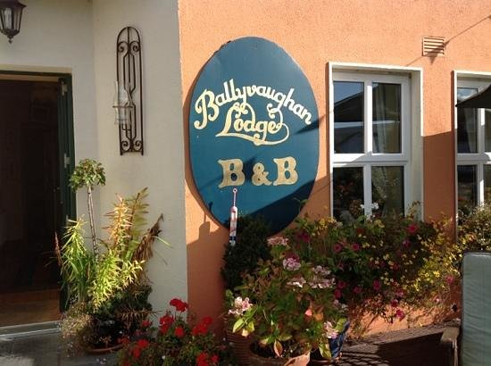 Ballyvaughan Lodge: We loved this place!
