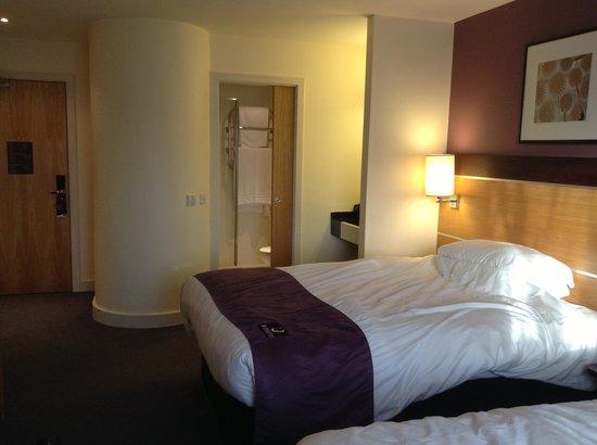 Premier Inn Newcastle - Team Valley: A spacious room