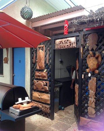 Traveller's Budget Motel: Entrance to Jack's Shack
