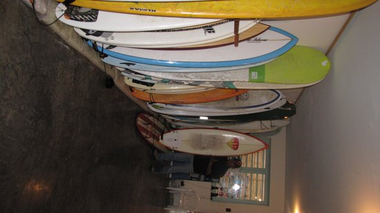 Chicama Surf Hotel & Spa: SURFBOARD ROOMS with SURFBOARD ROOMS with MY MR SURFBOARD and with RICHARD STEVE SAENZ GREAT GUA