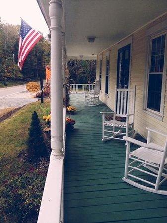 Ballard House Inn: front porch