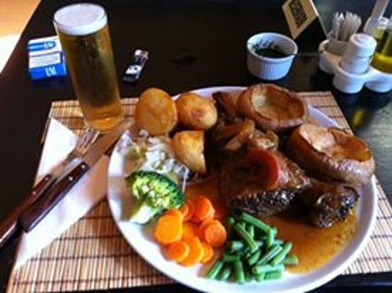 The Old Smugglers Inn: Our Sunday Roast.