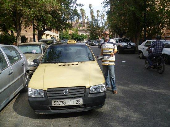 Hotel le Caspien: chauffeur de taxi bien sympa pas cher en plus