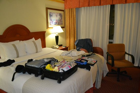 Holiday Inn Miami International Airport: Room