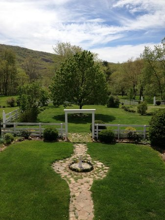 Hidden Valley Bed and Breakfast: View from balcony