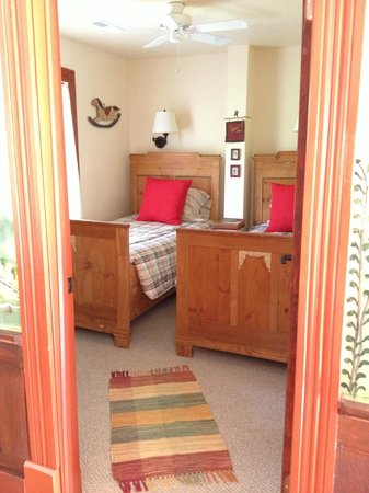 Hidden Valley Bed and Breakfast: Bedroom #2