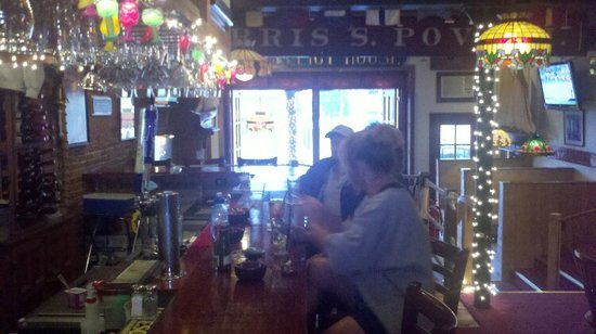 J R Maxwell & Co.: the bar