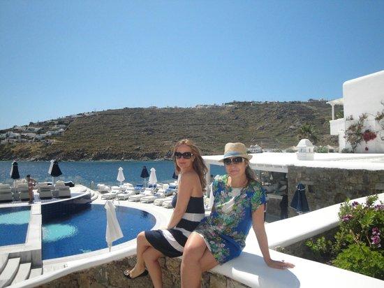 Petasos Beach Hotel & Spa: Vista da piscina