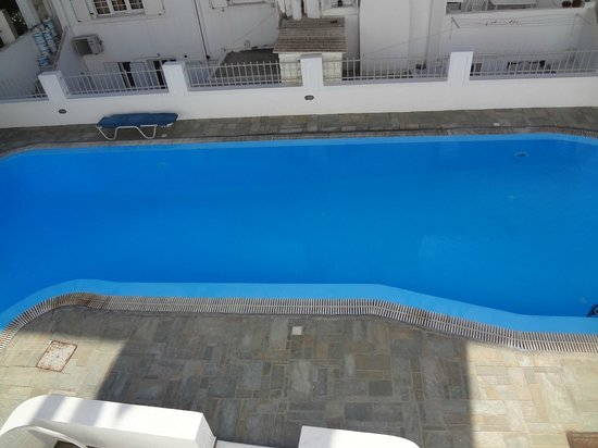 Nissos Thira Hotel: Piscina
