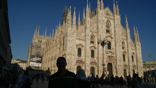 Hotel Sempione: Catedral