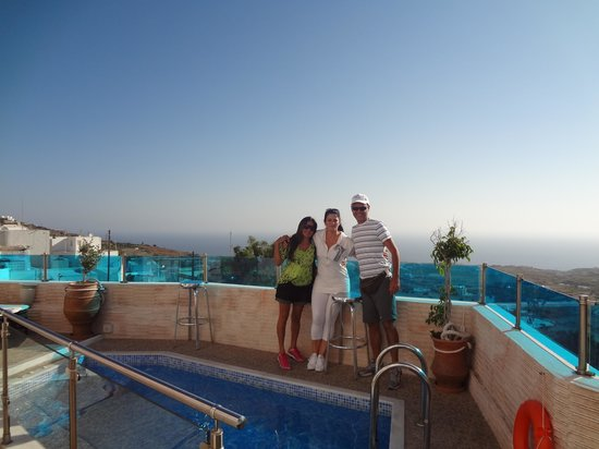 Nectarios Villa: área da piscina