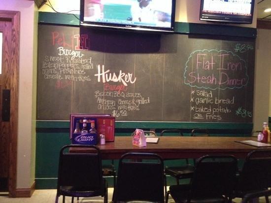 Dinker's Bar : specials