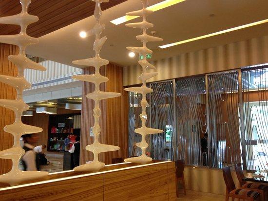 The Metropolitan Hotel & Spa New Delhi : Funky decor
