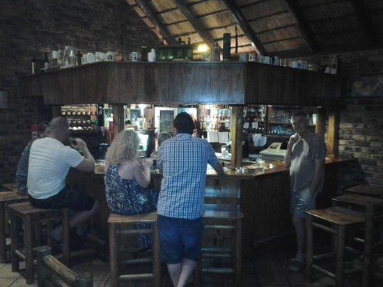 Jabula Lodge: Bar