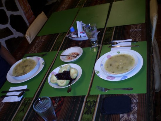 Chez Elena Guesthouse: Ecuadorian Soup Appetizer with fresh Avocado, Lime, and Beet Salad, Part of $4US per person dinn