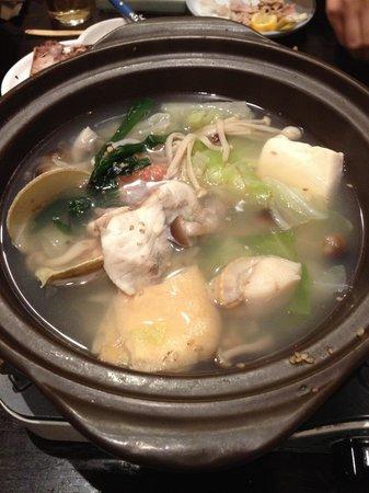 Ginrinso Kotobuki: ちゃんこ鍋