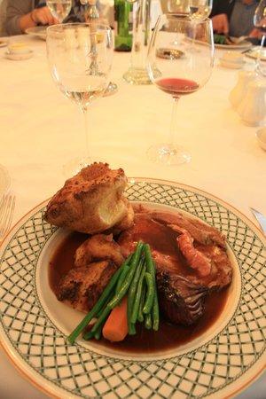 Roman Camp Hotel: Sunday roast beef
