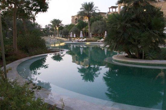 โรงแรมเคมปินสกี้ อิชทาร์ เดดซี: Recanto ideal para descanso