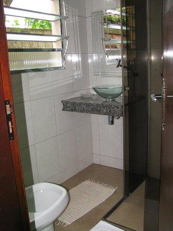 Pousada Antigona: banheiro