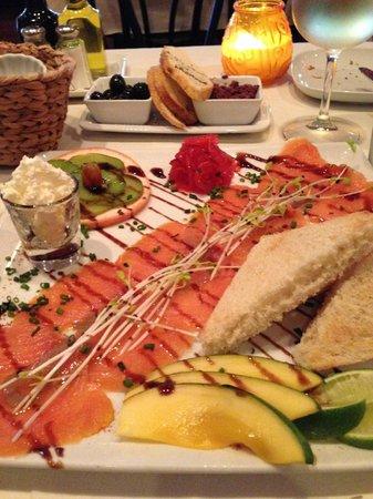 La Petite Maison: Smoked Salmon