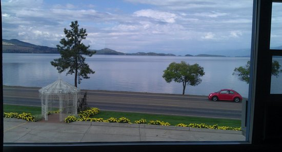 Americas Best Value Port Polson Inn: View from our room