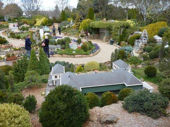 Cockington Green: Gardens view