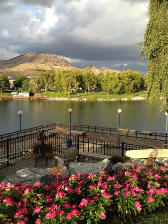 View from the patio of Chelan House Bed and Breakfast