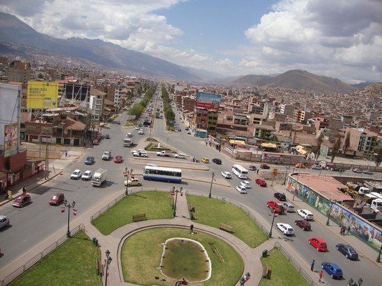 Centro Historico De Cusco: Vista de Cusco do alto do monumento a Pachakutec