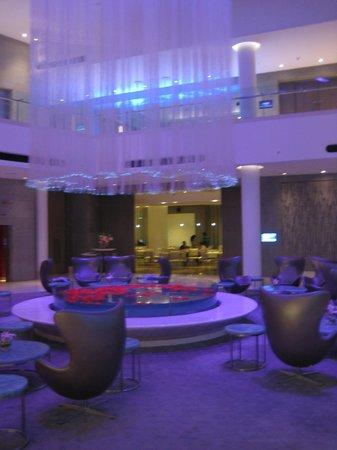 Hotel Avasa : Lobby