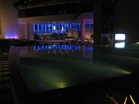 Hotel Avasa : Pool